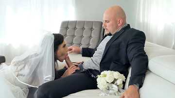 Kelsi Monroe is service the waiter during her wedding