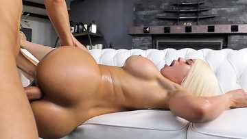 Cuban blonde-haired sexpot Luna Star gets her Latina twat blacked hard