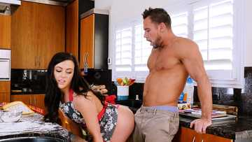 Whitney Wright gets her friend's husband licking flour off her shaved pussy